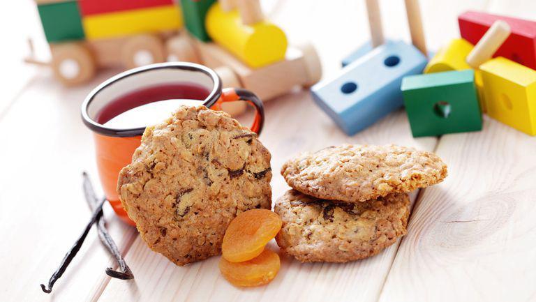 Desert sănătos: prăjiturele de ovăz cu caise uscate