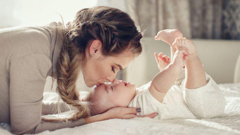 3 reguli simple pentru o casă curată și sigură pentru bebeluși pe care orice mamă trebuie să le cunoască