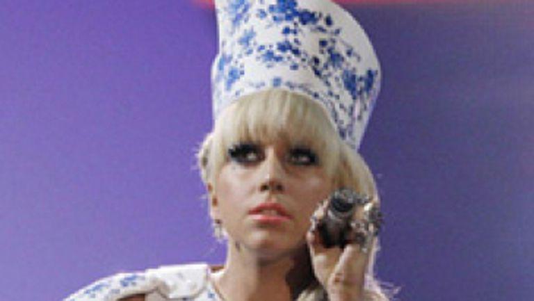 """Paparazzi"", cel mai nou videoclip Lady GaGa (video)"