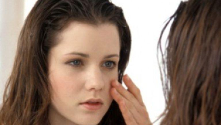 Tratamente eficiente pentru acnee