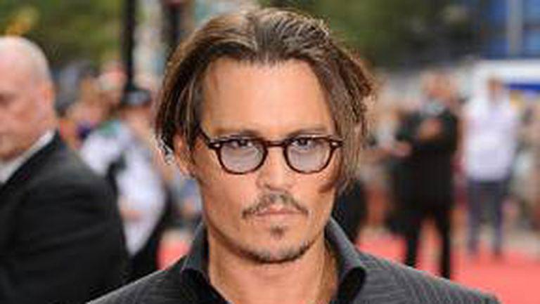 Johnny Depp, cel mai sexy bărbat în viaţă