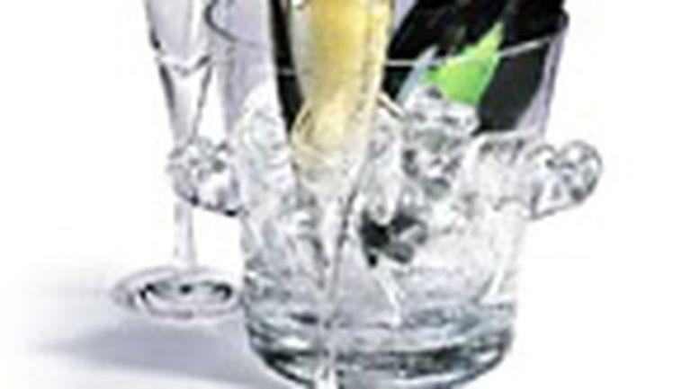 Şampania protejează inima şi creierul