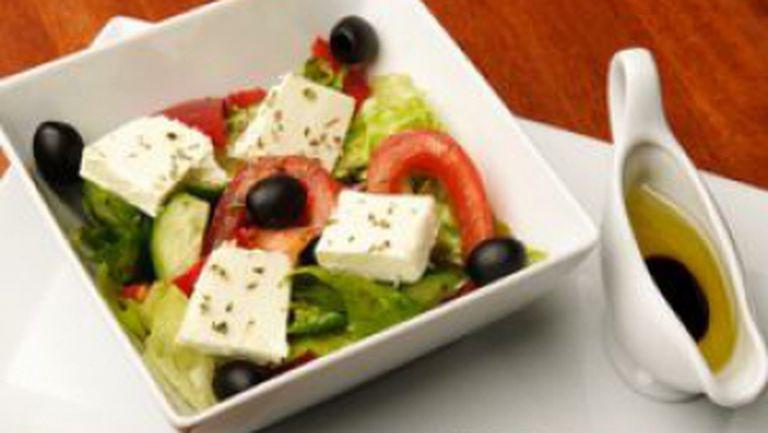 Reţete greceşti pentru dressinguri de salată