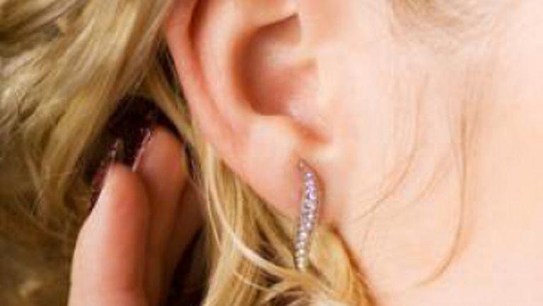 Când urechile «fac ceară»