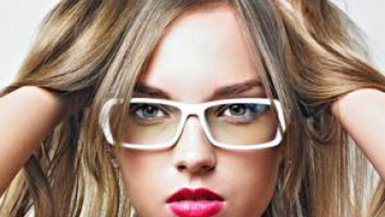 Părerea lui: moda pentru ochelariştii profesionişti