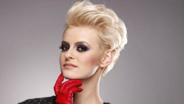 Ioana Blaj, pictorial de modă în Unica de ianuarie