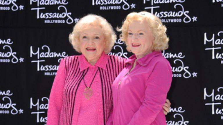 Foto: Betty White are o soră geamănă?