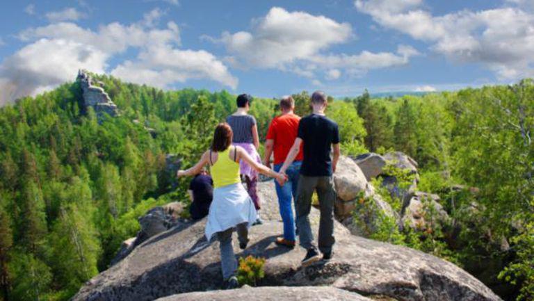 Destinaţii: Locuri ciudate din România care merită vizitate