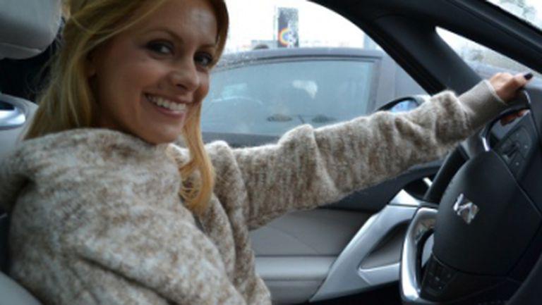Divas' Rally: Simona Gherghe a poftit la colivă în drum spre Poiana Braşov