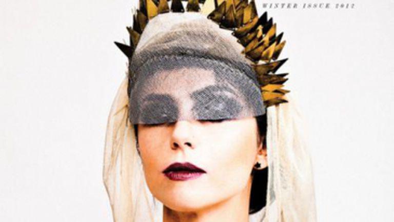 Alexandrina Hristov – noua cover girl a revistei All Hollow