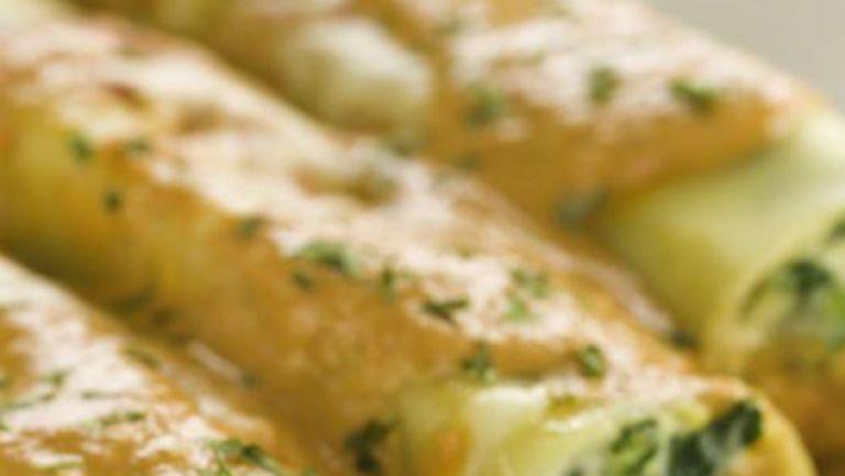 REŢETE Italia: Cannelloni cu spanac