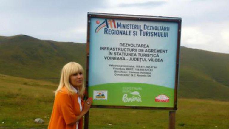 Poze: Elena Udrea, excursie pe Transalpina