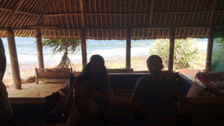 După ce s-a întors din vacanţa cu fiul ei, Mihaela Rădulescu petrece alături de Dani Oţil într-o nouă vacanţă exotică
