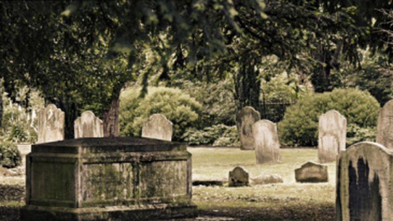 5 cimitire pe care trebuie să le vizitezi într-o viaţă