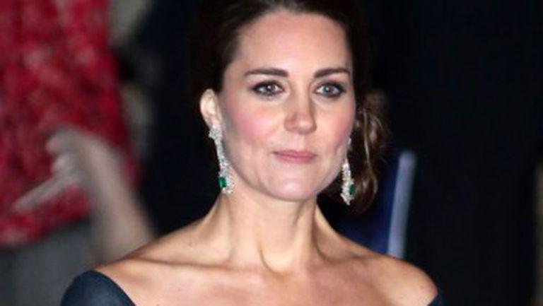 Patru reguli de bază pentru ținuta de serviciu de la stilista lui Kate Middleton