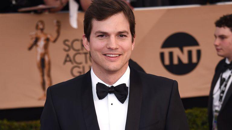 Metoda epuizantă, dar igenioasă pe care a folosit-o Ashton Kutcher pentru a trece peste divorţul de Demi Moore