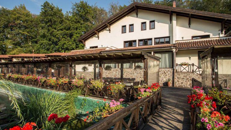 Un domeniu impresionant din Brașov a fost scos la vânzare. Cât costă proprietatea considerată un punct de atracție major al județului