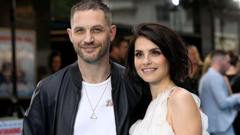 Tom Hardy și Charlotte Riley