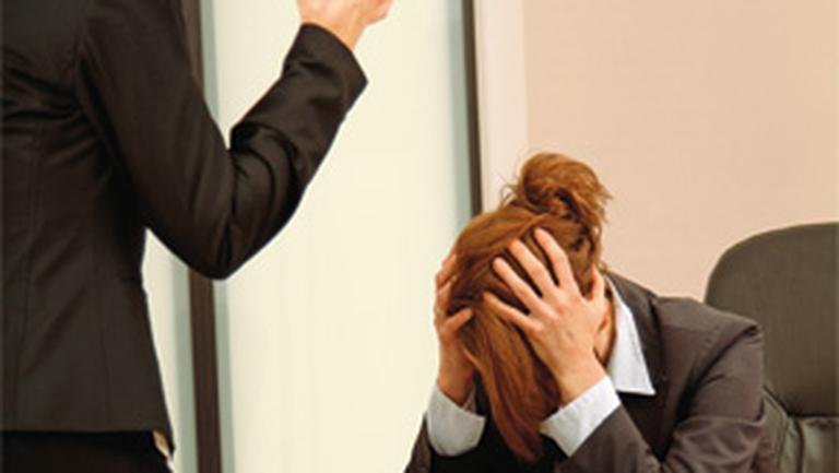 Mobbing-ul, violenta la serviciu