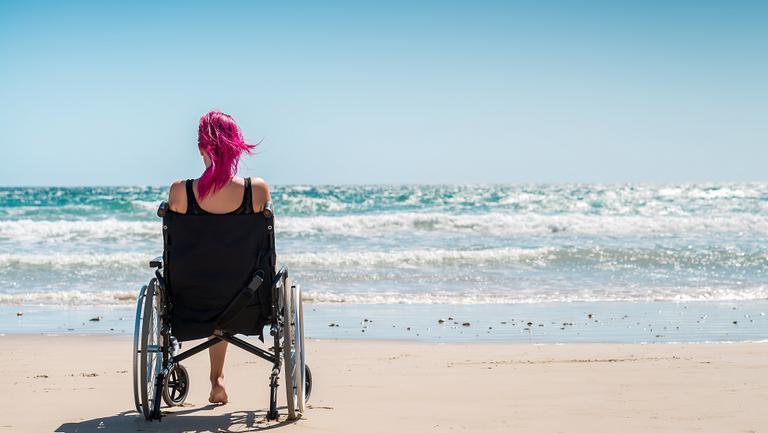 plajă pentru persoanele cu dizabilități