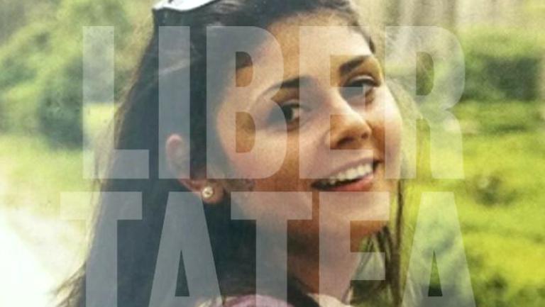 Primele imagini de la înmormântarea Alinei Ciucu, tânăra de 25 de ani ucisă la metrou. Familia ei trece prin momente grele