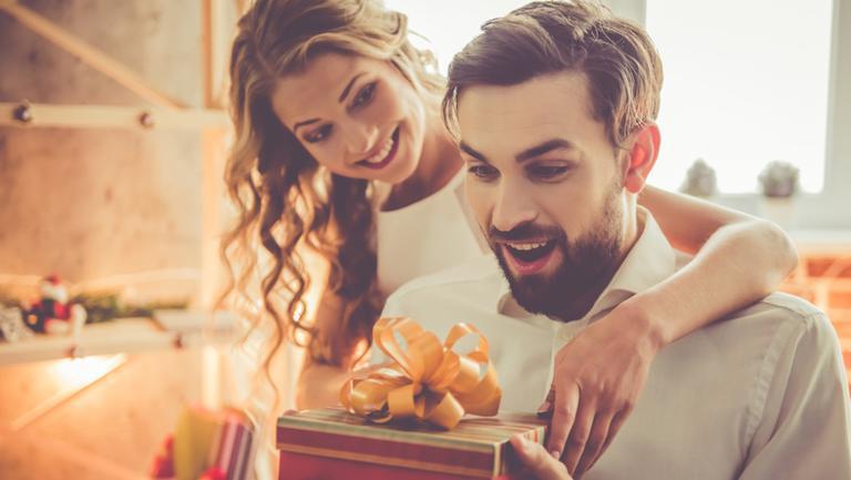 5 sfaturi utile ca să găsești cadoul potrivit pentru un bărbat