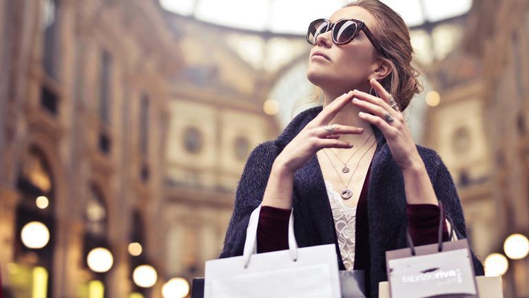 (P) Stiai ca poti achizitiona articole de brand la un pret mai mic? Afla cum!