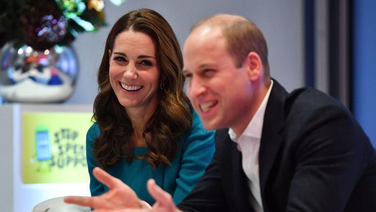 Cea mai frumoasă felicitare de Crăciun cu Kate Middleton și Prințul William, alături de de cei trei copii ai lor