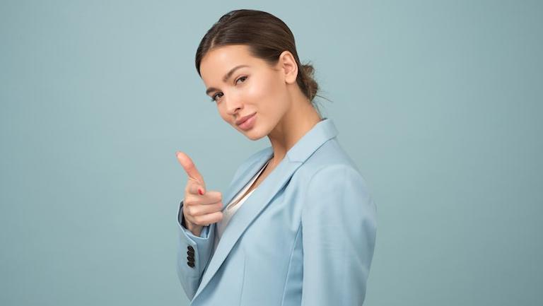 Cele mai importante accesorii din ținuta unei femei de succes