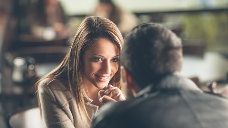 Care este cel mai bun mod de a întâlni pe cineva