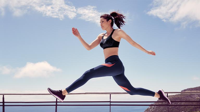 (P) Cum să alegi cea mai bună lenjerie sport de damă?