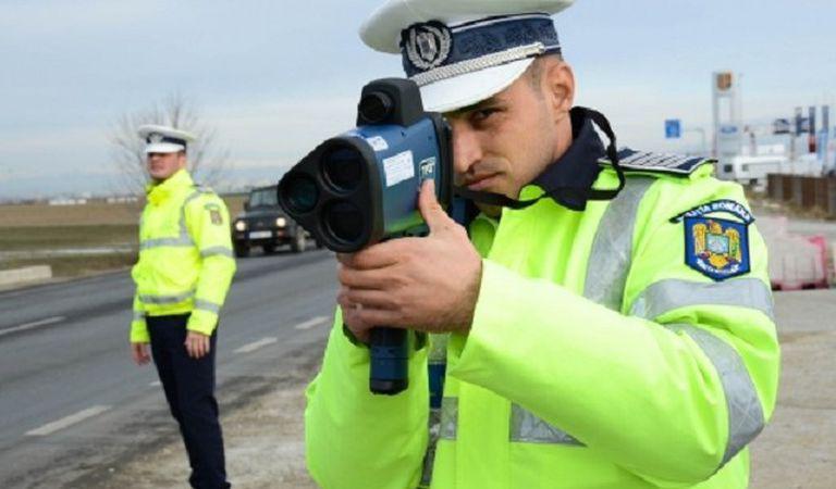 Viteză de Formula 1 pe autostrada Bucureşti-Ploieşti! Chiar şi poliţiştii au fost surprinşi