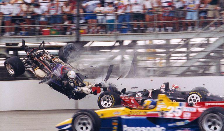 Câți piloți au murit la volanul unei mașini de Formula 1? Ce naționalitate conduce fatidicul top? Care este circuitul unde și-au pierdut viața cei mai mulți?