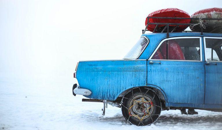 Lanțurile antiderapante pe zăpadă – cât de utile sunt?