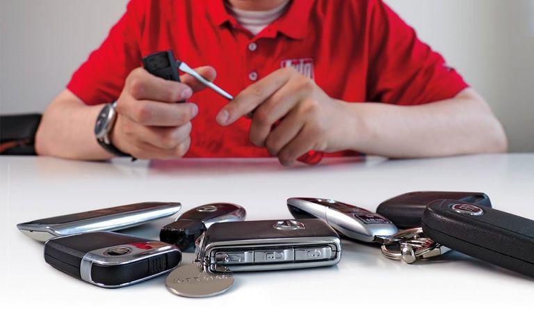 Schimbarea bateriei la cheia auto