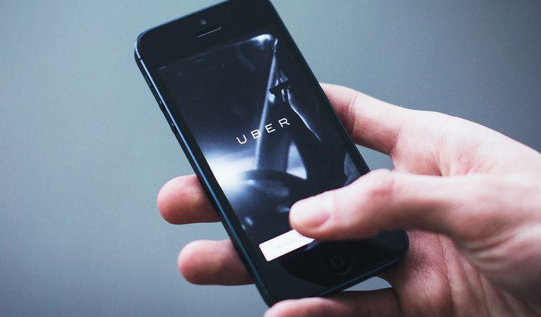 Legea Ridesharing – Uber, Bolt şi Clever s-au înțeles cu Ministerul Transporturilor