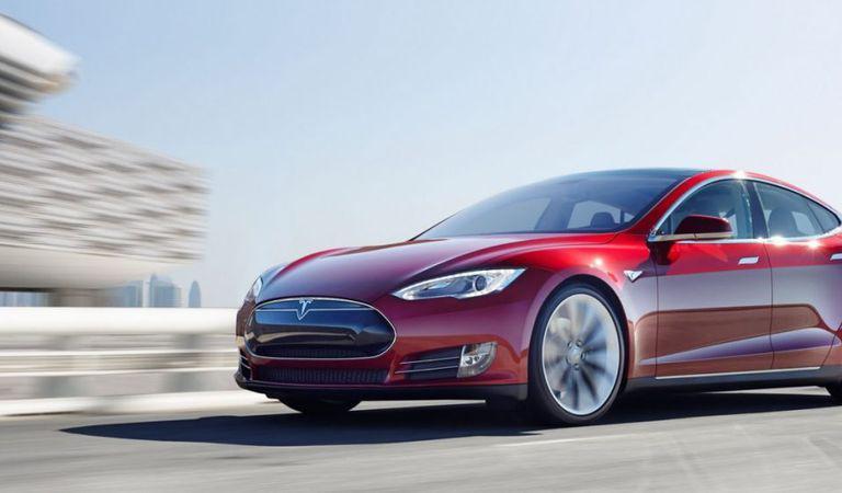 Record: Câți kilometri a parcurs cel mai rulat Tesla Model S din lume