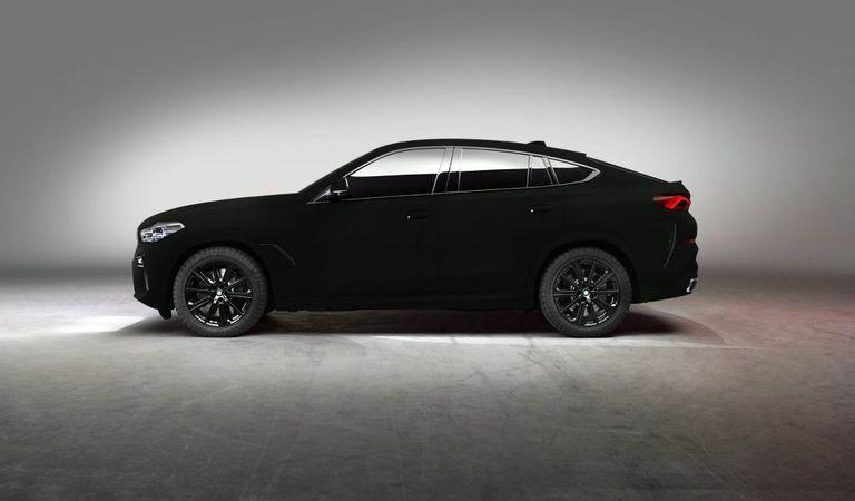BMW X6 Vantablack – cea mai neagră mașină din lume