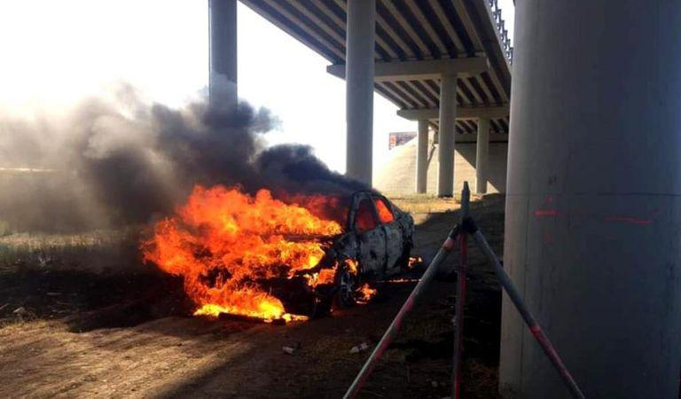 Şi-a dat foc în mașină pe Autostrada Soarelui! De ce a recurs un bărbat la acest gest