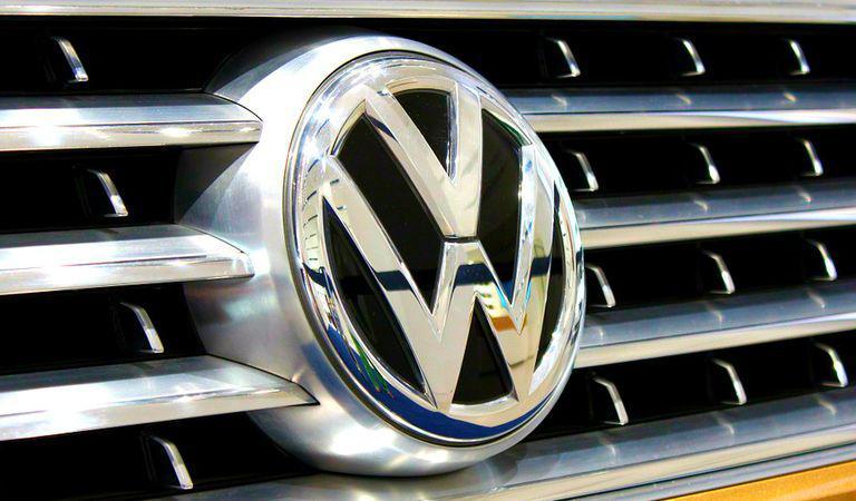 E oficial: VW își schimbă sigla! Cum va arăta noua versiune