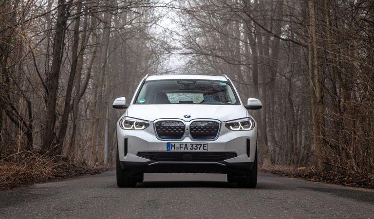 BMW iX3: Fratele electric