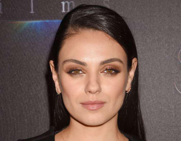 Cearcăne, pungi? Tu și Mila Kunis nu v-ați născut cu ele, uite ce le cauzează