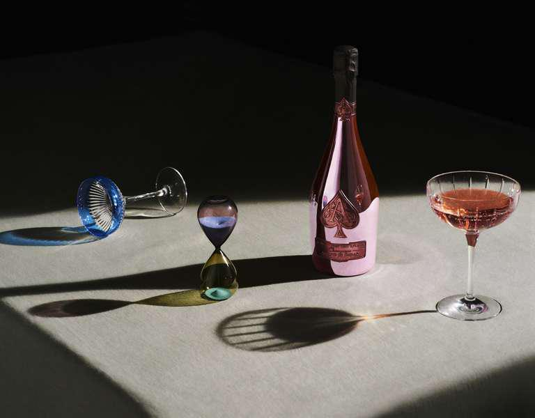 Armand de Brignac Rosé Cuvée, cea mai bună șampanie rosé din lume