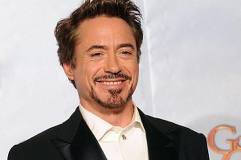 """DEPARTE DE TERRA. În """"Gravity"""", Sandra Bullock şi Robert Downey Jr. vor trăi momente tensionate în spaţiu."""