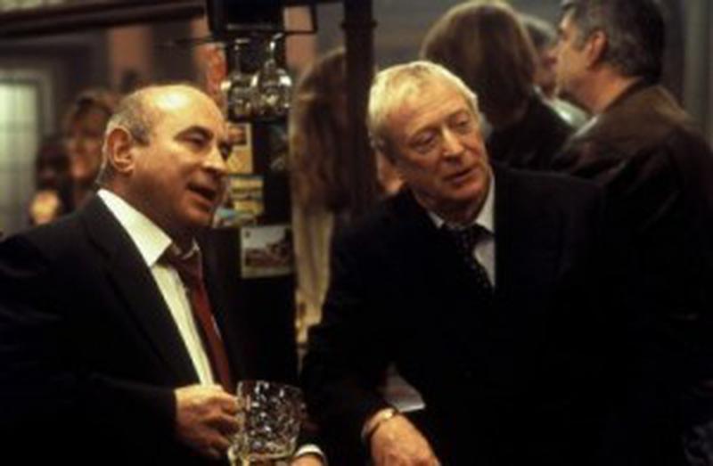 Michael Caine şi Bob Hoskins