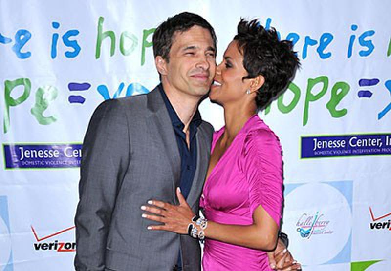Halle Berry şi Olivier Martinez