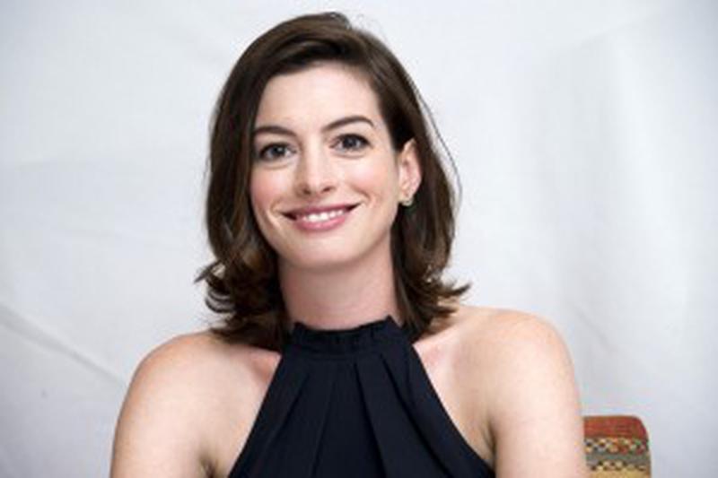 Anne Hathaway bei der Pk zum Film The Intern im Crosby Street Hotel in New York / 290815 *** USA EMBARGO September 2nd, 2015 ***Anne Hathaway, who stars in The Intern, at the Crosby Street Hotel in New York, August 29th, 2015`***