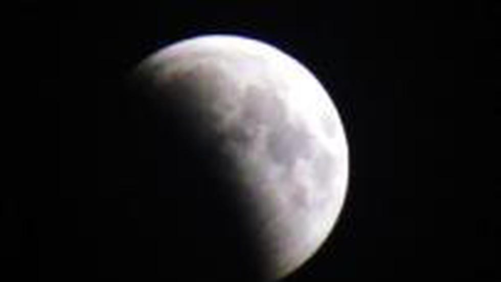 Horoscop: Luna in descrestere ne mentine frumusetea
