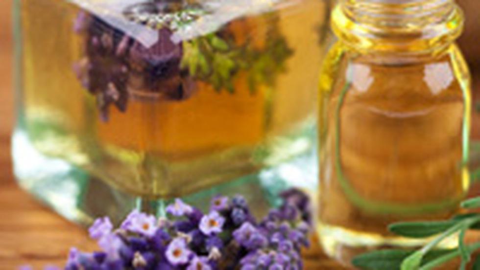 Aromoterapie: cum te vindeca uleiurile esentiale