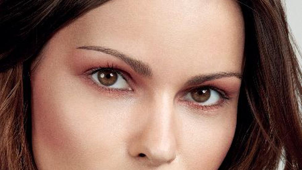 Make-up natural în doar 10 minute!